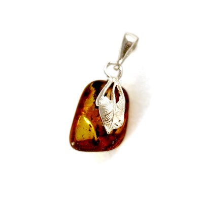pendant with amber #9