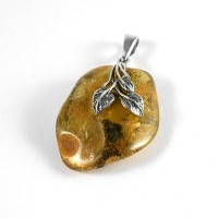 pendant with amber #27