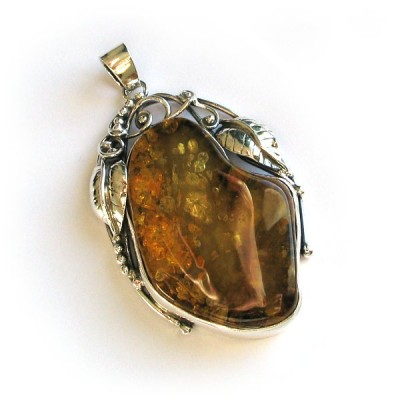 pendant with amber #3 Rico